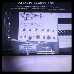 KITSCH BEAUTY BOX